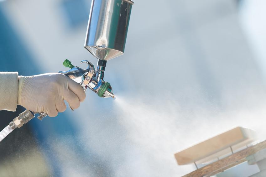 Ciekłe materiały pokryciowe cz1: oleje, ftalany, wyroby ftalowe, spirytusowe i nitrocelulozowe.